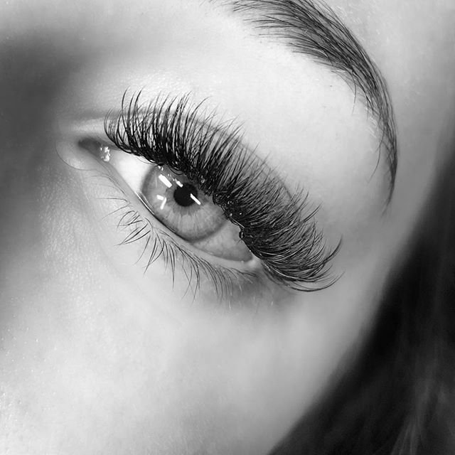 Picture Of Eye Lash Extensions