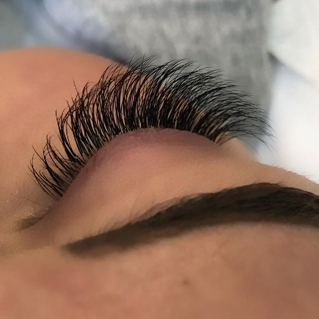 Beautiful Hybrid Lashes