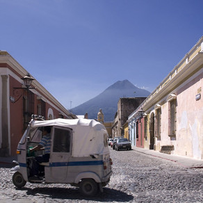 Guatemala, Easter In A Warm Climate