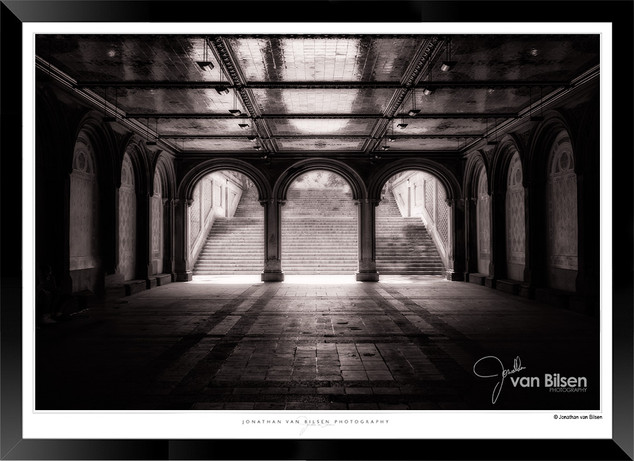 IONY-006 - Jonathan van Bilsen - Images