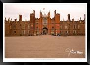 Images_of_Hampton_Court_-_002_-_©Jonath