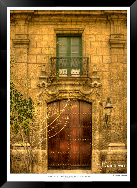 Doors_of_Asia_-__014_-_©Jonathan_van_Bi