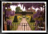 Images_of_Hampton_Court_-_015_-_©Jonath