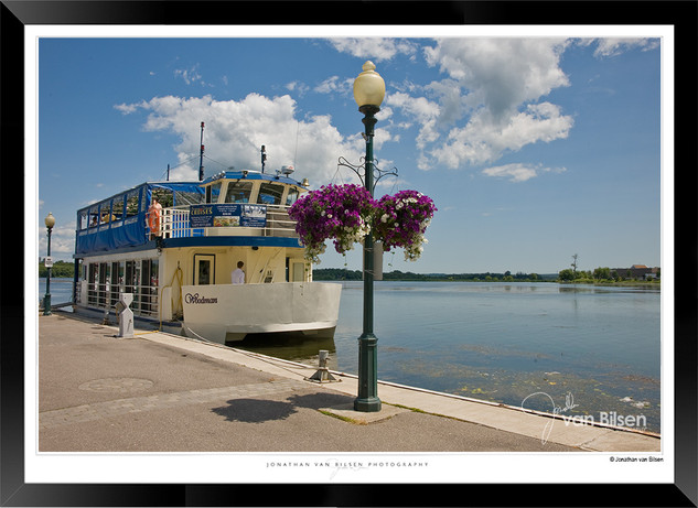 Images of Port Perry - The Woodman - 006