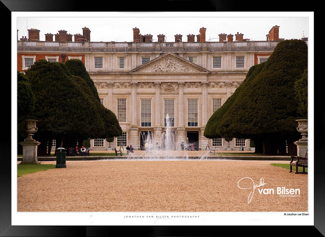 Images_of_Hampton_Court_-_009_-_©Jonath