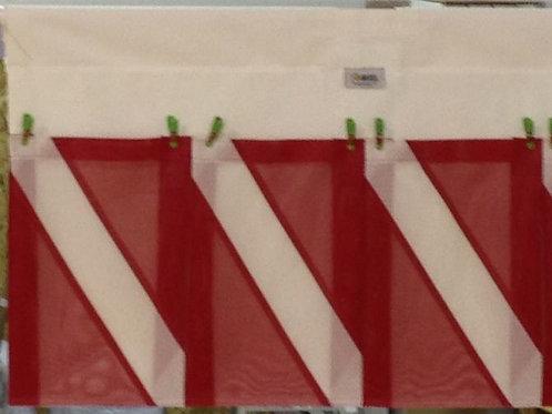 THREE POCKET DIVE FLAG MODEL WITH ZIPPER POCKET