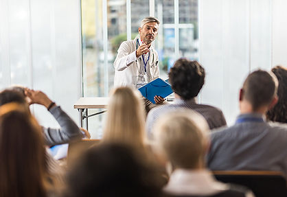 doctor-presenting-GettyImages-1006430612