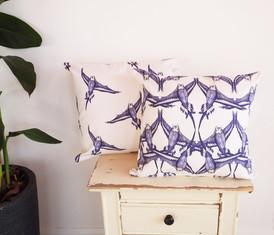 Vintage style flocking budgies cushion