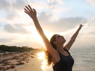 Six Reflections to Break Open Your Truth by Becoming Fulfilled, Grateful and Free
