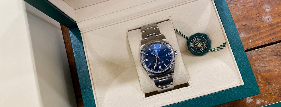 ROLEX OYSTER PERPETUAL 36 BLUE DIAL - 126000 - 6.500€
