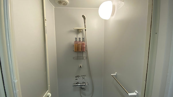 シャワー室.jpg