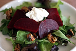 beet_goat_cheese_salad_edited