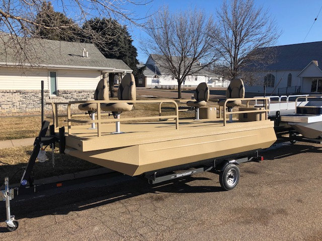 714 Duck Fisher Boat & Trailer