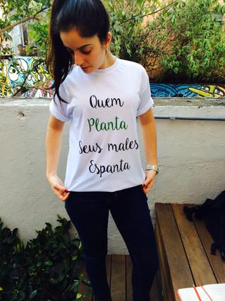Coleção Movimento Pelo Bem-Estar: vista a camisa