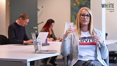 Interview individuelle dans les studios Light My Team