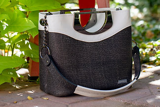 Pebbled Gray and White 5th Avenue Handbag