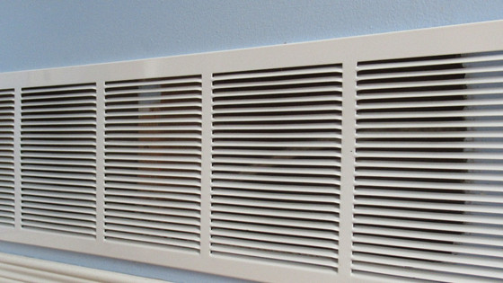 3 Ways to Save Heat During the Cold Winter Months