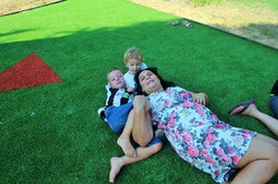 משפחת ראובני ברגע של מנוחה