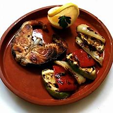 Sturion la grătar și legume