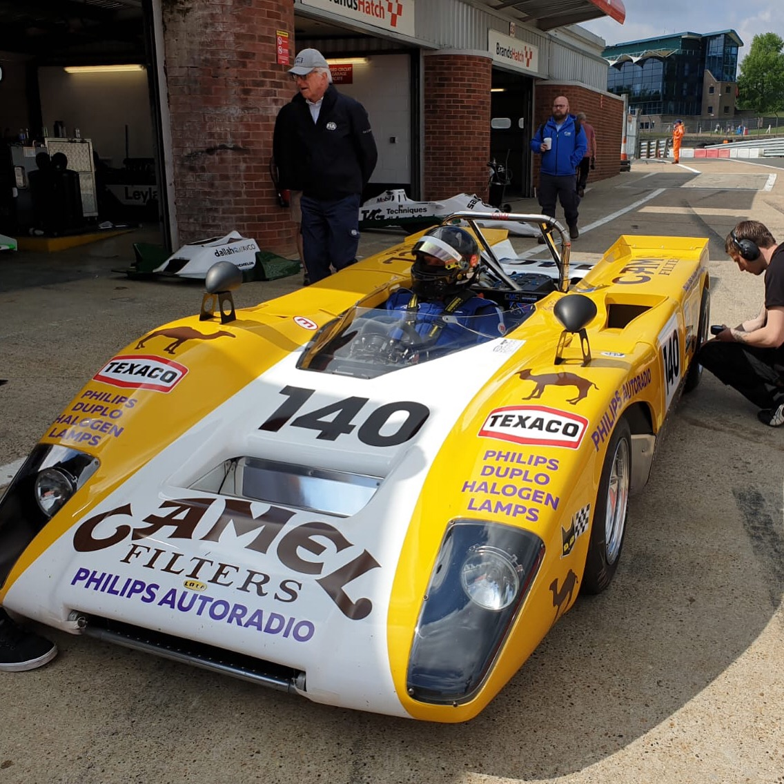Goncalo Gomes & James Claridge Lola T212