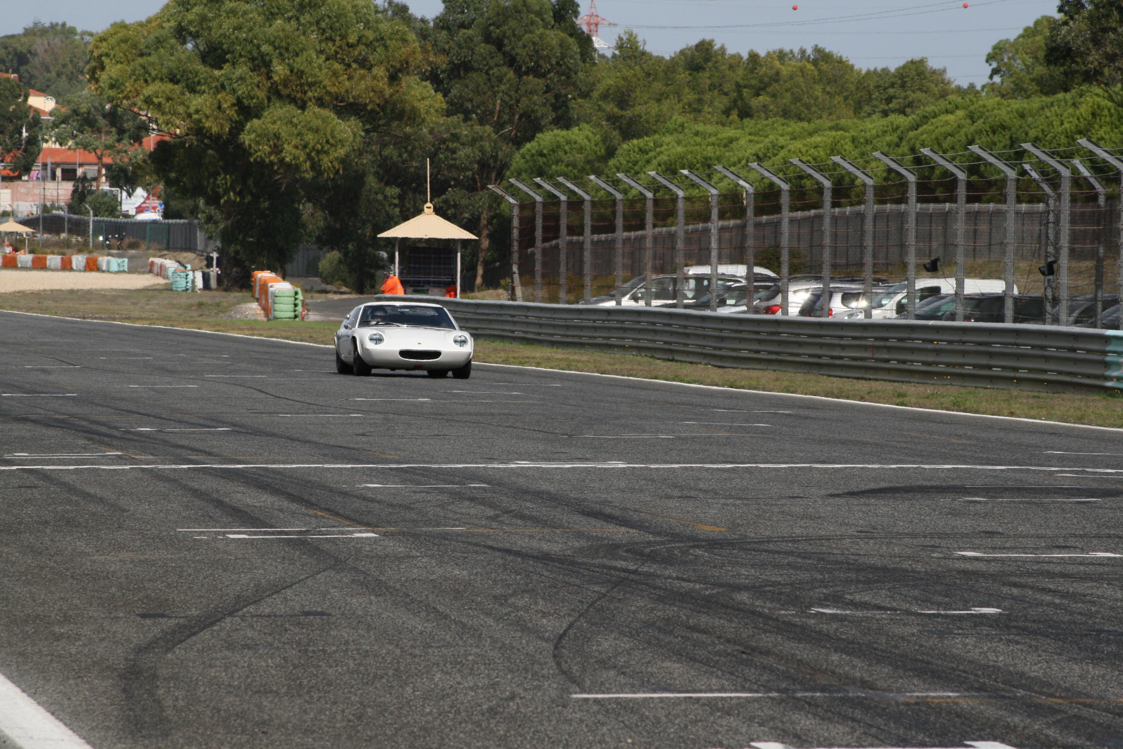 Qualifying Lotus 47