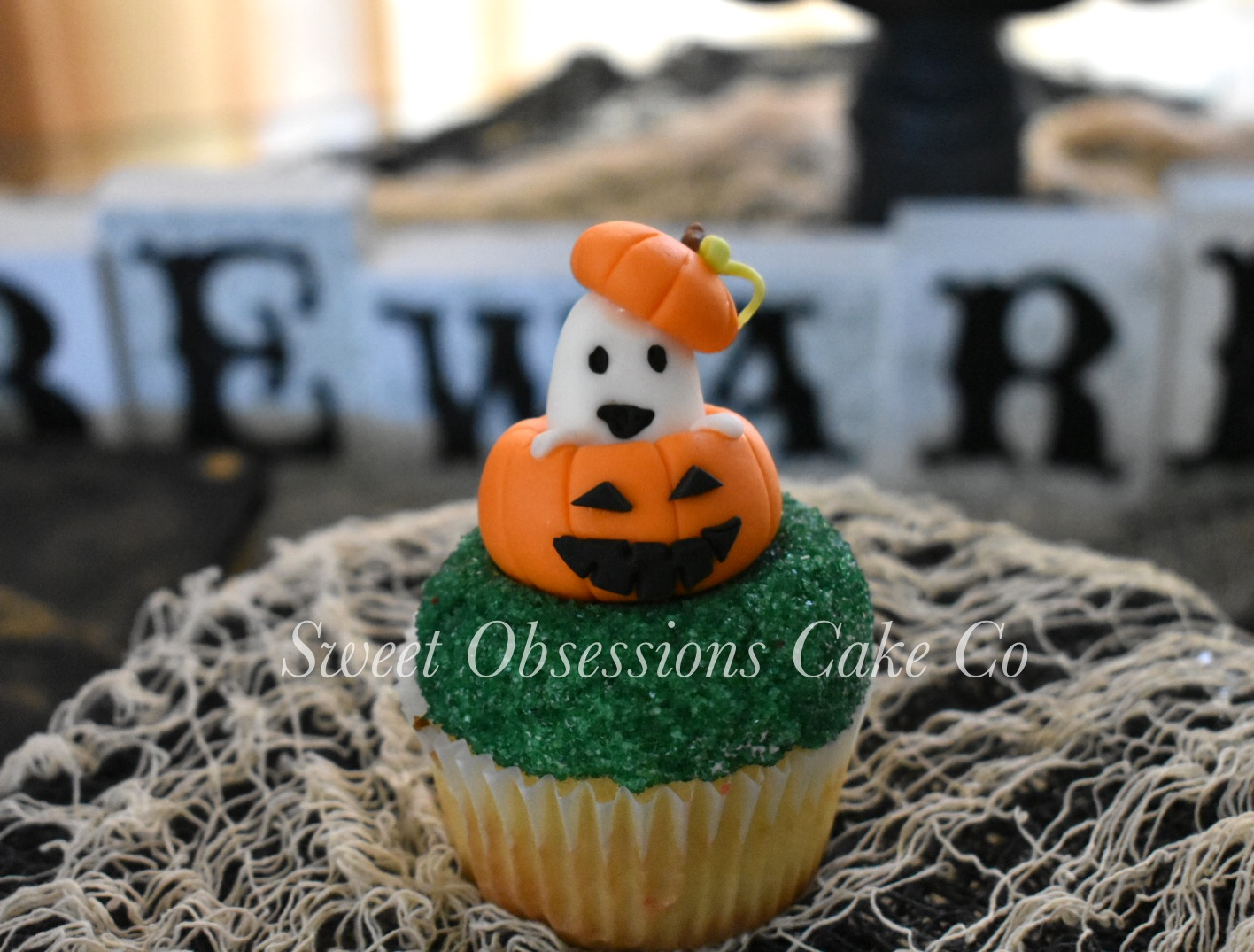 Ghost in Pumpkin Cupcake