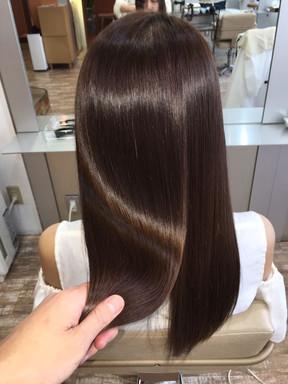 Glossy Hair: La tendencia para iluminar el cabello.