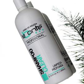 Beneficios del shampoo neutro: Limpieza Profunda.