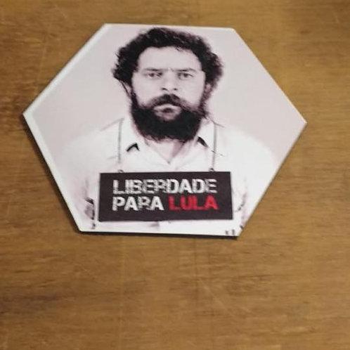 Aparador de copos hexagonal - Liberdade para Lula