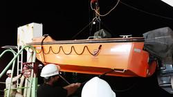 lifeboat-servicing-1