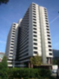 Hospital_de_Barcelona_(Diagonal).jpg
