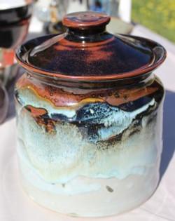 All-purpose kitchen jar.