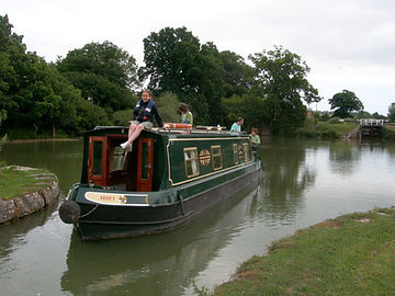 Richard and Sue Warren canal boat.jpg