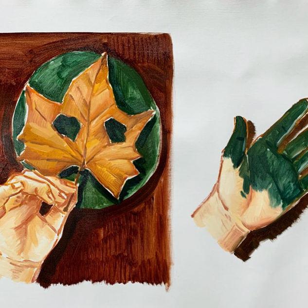 나뭇잎가면과 녹색 손.JPG