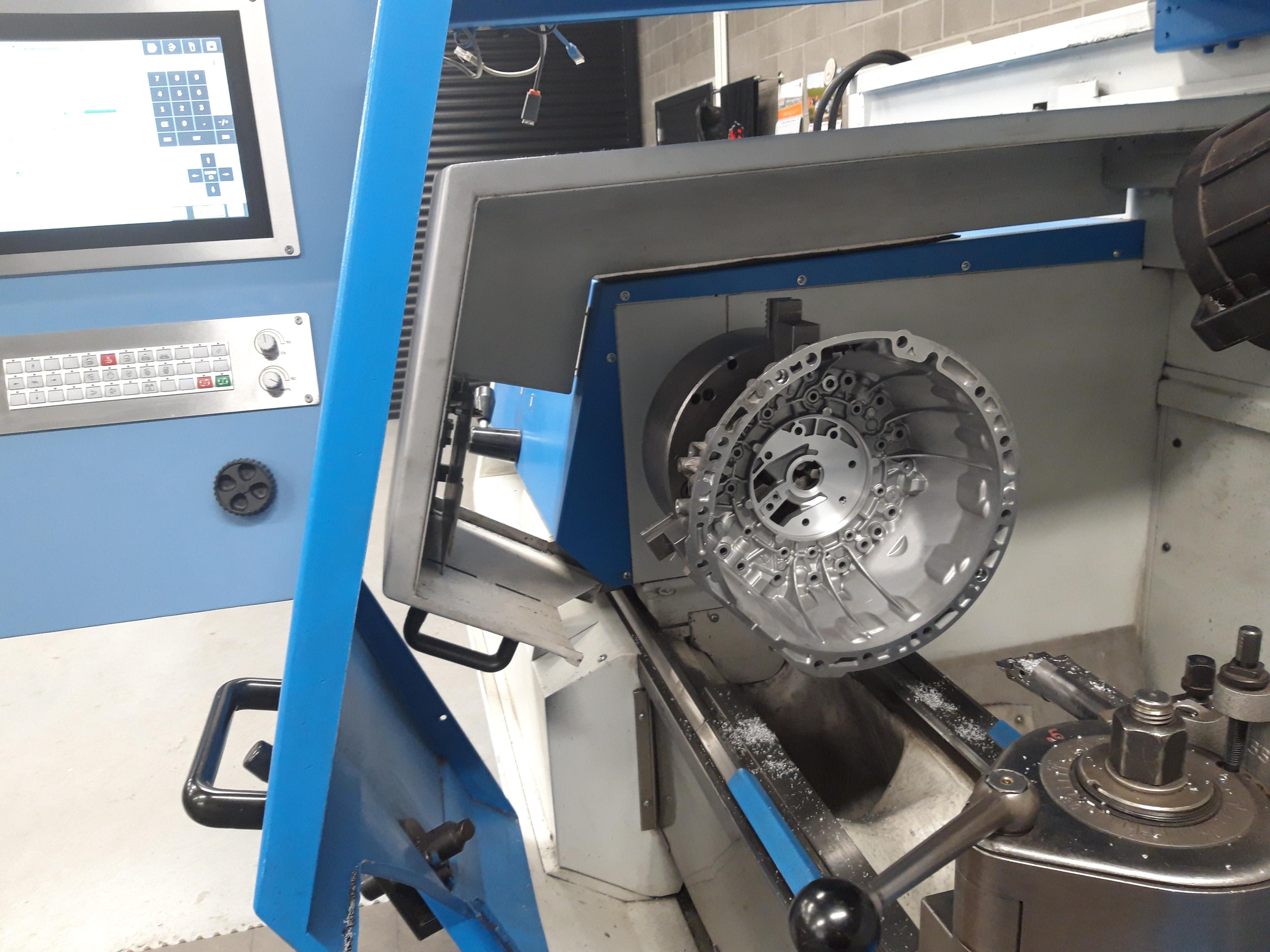 Herstellen lagering versnellingsbak
