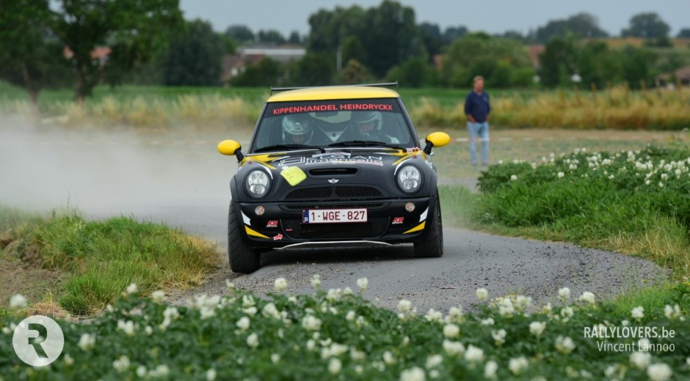 Mini Cooper in action