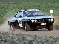 Opel Manta sideways