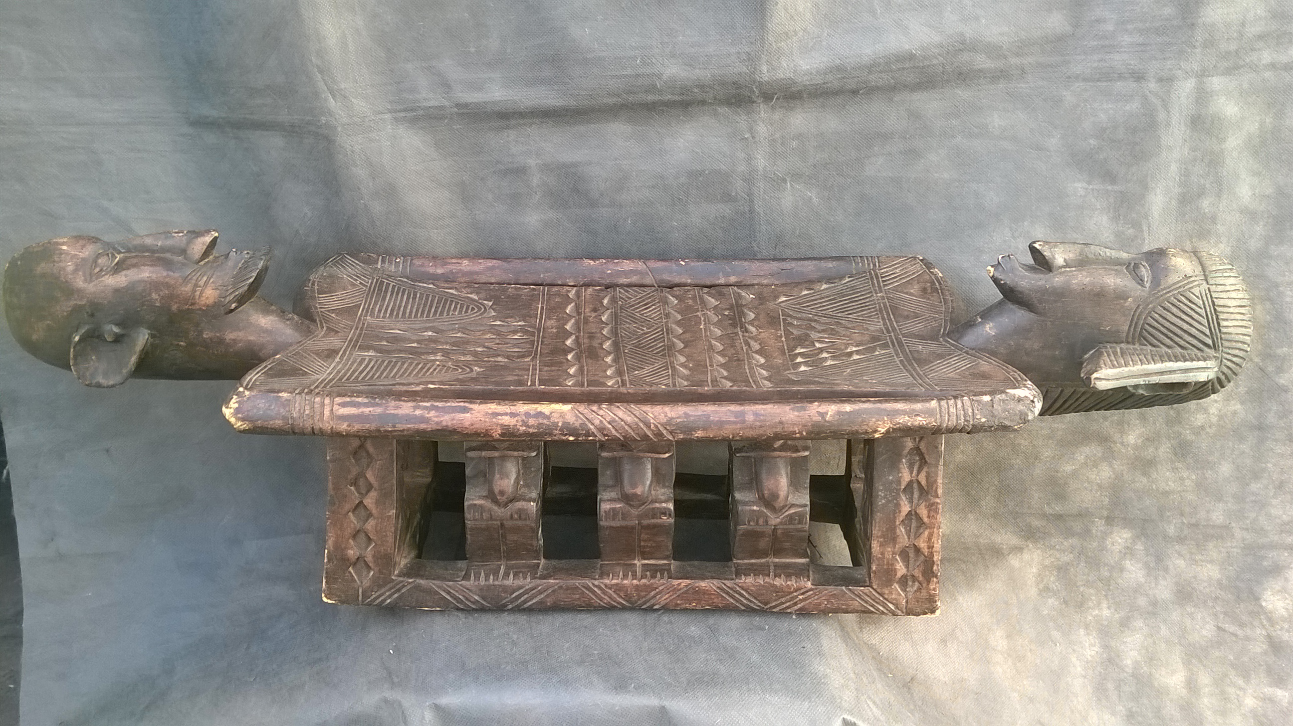ma-table dogon 105 x 34 xht31.5cm (2)