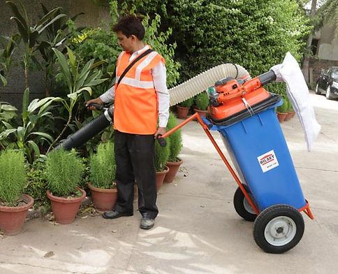 BVAC 120 Vacuum Litter Collector