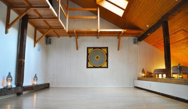 Yogaraum Nahe Kunsthaus