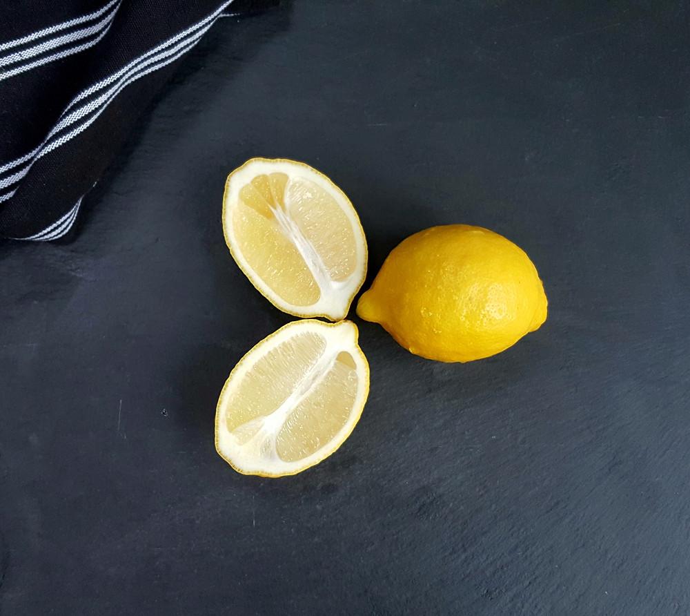Lemon's for lemon cake _ Urban Cakehouse