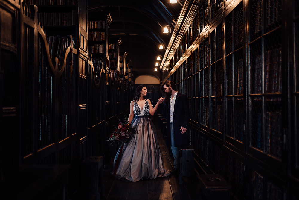 bride and groom in Chetham's Library