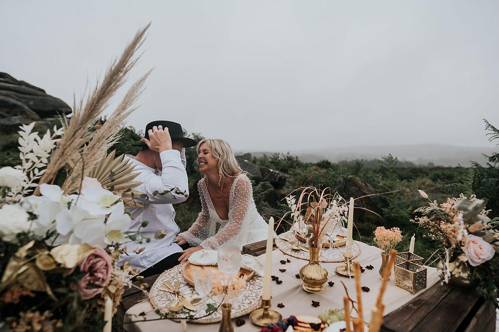 outdoor wedding, elopement, boho wedding, boho wedding cake