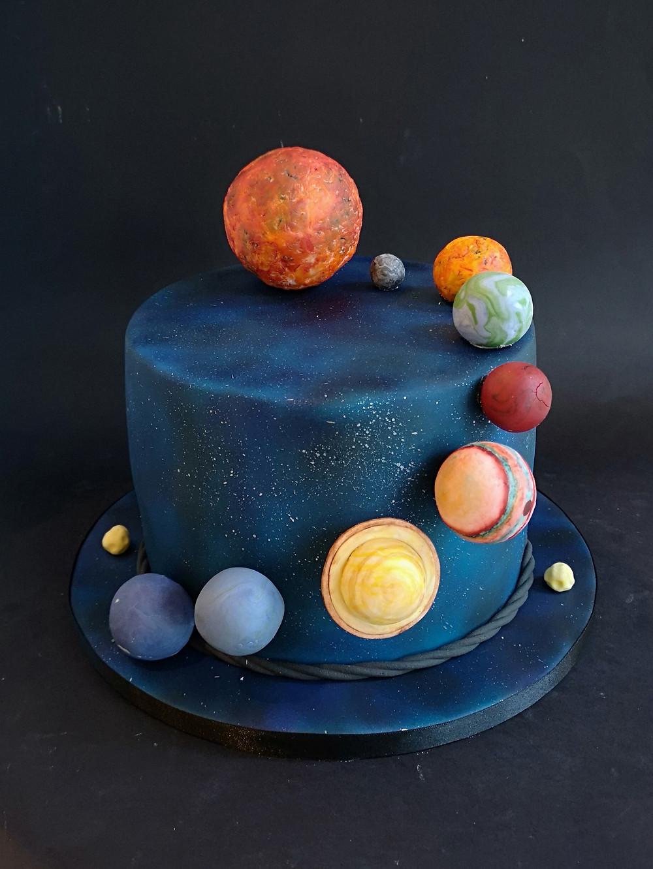 Planet Birthday Cake _ Urban Cakehouse