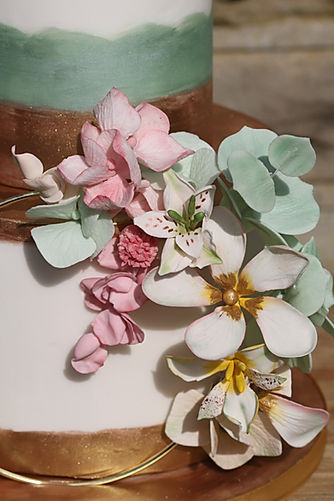 close up sugar flowers_Amelia.jpg