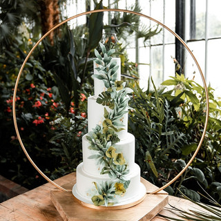 How Much Does A Wedding Cake Cost?