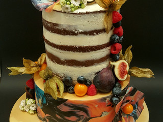 What Can You Expect At Your Wedding Cake Consultation?