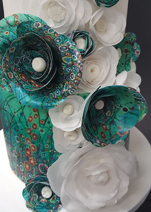 close up offloral art wedding cake