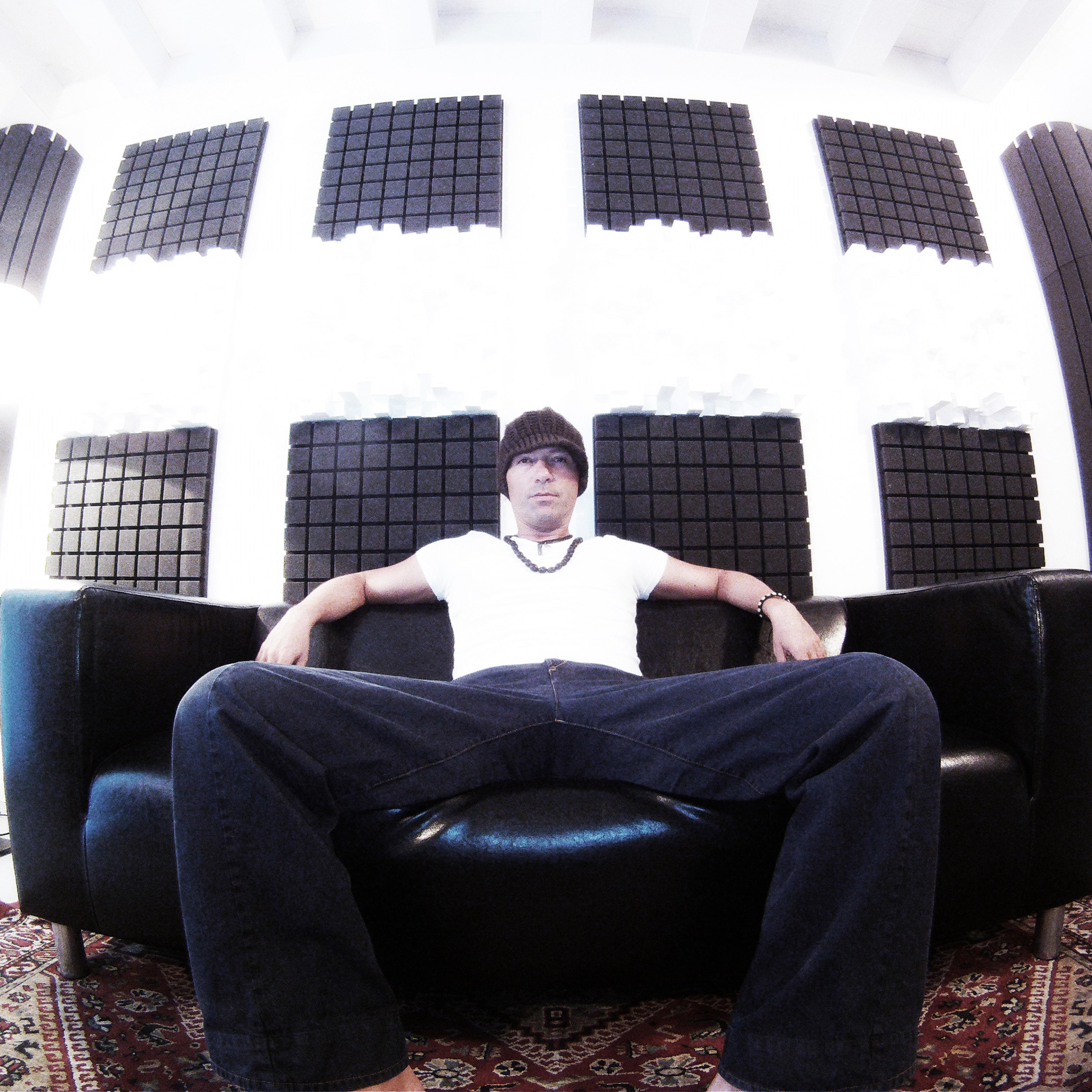 Recording studio Vevo
