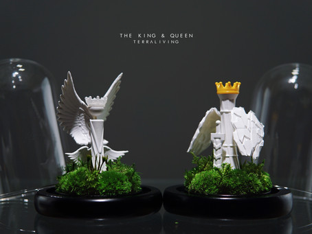 The Queen 2.0, a ZERO Moss Botanical Art Collection by TerraLiving